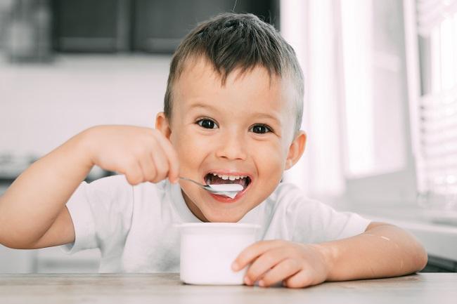 Jogurt obiluje probioticima-Kivilaks