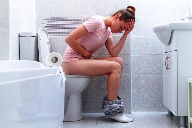 Zbog bol prilikom vršenja nužde odlažemo odlazak na toalet - Kivilaks